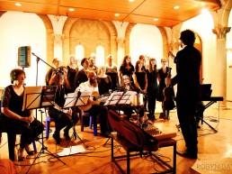 The Lewandowski Chorale ist ein in Johannesburg ansässiger Chor. Das Ensemble widmet sich der Wiederbelebung der klassischen jüdisch-liturgischen Musik sowohl innerhalb der südafrikanischen jüdischen Gemeinde als auch in der Gemeinschaft als Ganzes.